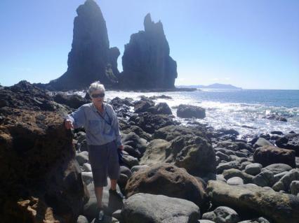 Fletcher bay round the rocks