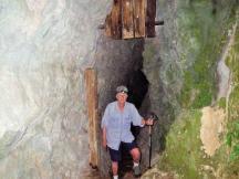 Fox cave 4