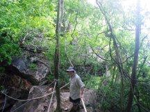 ang-thong-cave-climb