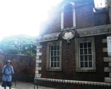 wpid-Alms-House-Whitechapel.jpg