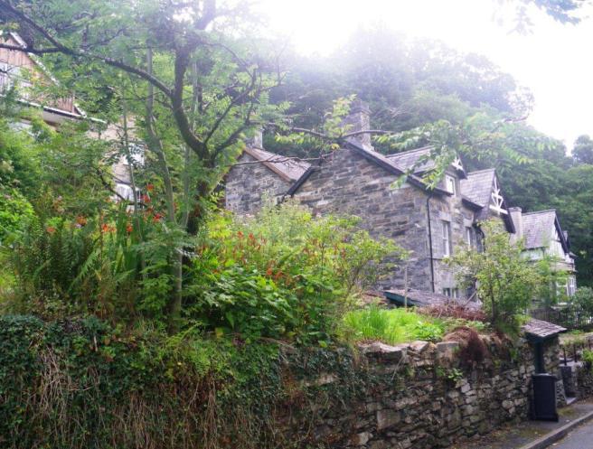 wpid-Betws-Y-Coed-stone-house.jpg