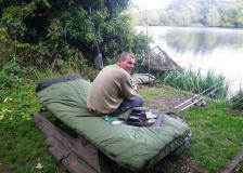 wpid-Ricksmanworth-gravel-lakes-Fishing-tent-2.jpg