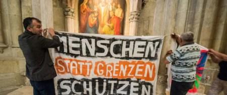 Regensburger Dom: Kirche für linke Propaganda genutzt Foto: picture alliance / dpa