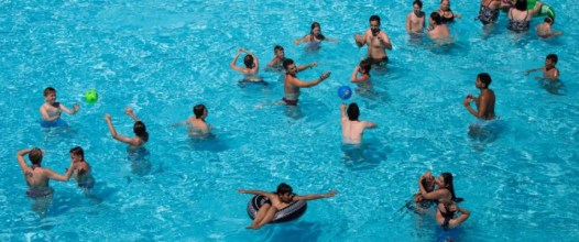 Freibad: Moslems beleidigen und bedrohen Badegäste Foto: dpa