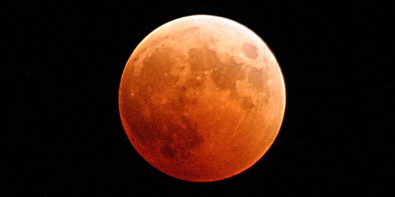 Gerhana Bulan Total Merah