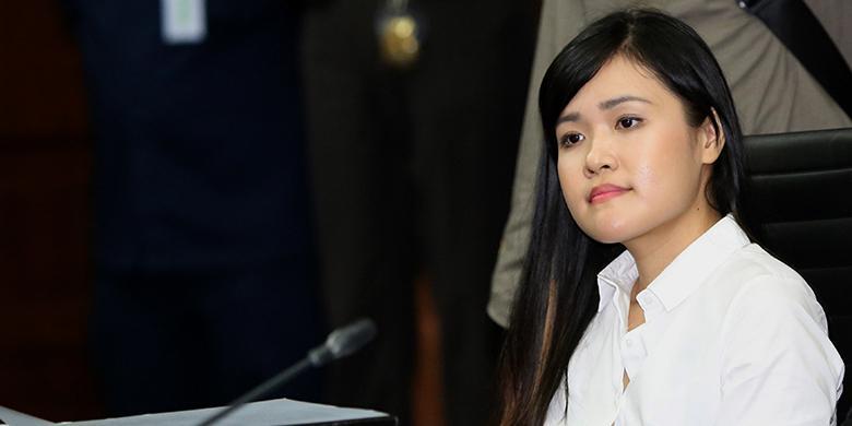 Hasil gambar untuk Jessica Kumala Wongso