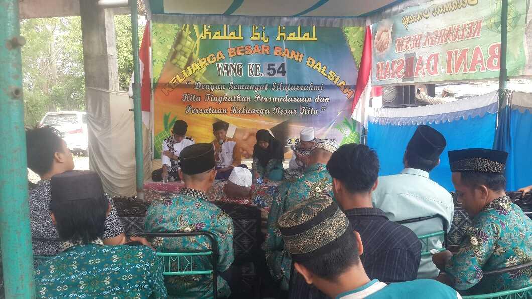 Tradisi Halal Bi Halal Media Efektif Untuk Pererat Silaturahmi