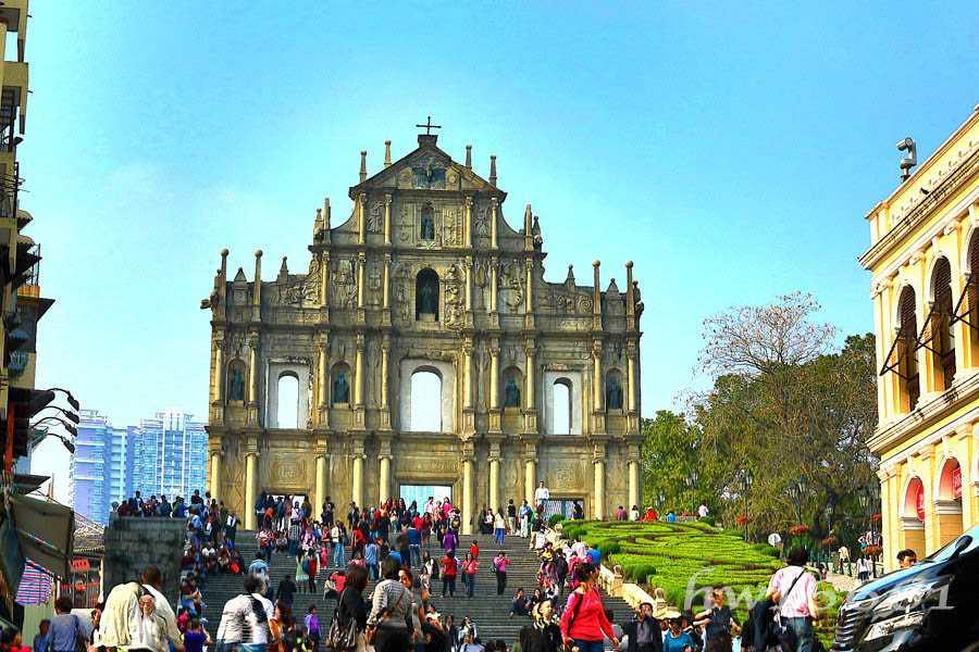 Reruntuhan Gereja St. Paul di Kota Tua Macau. (Dok. Pribadi)