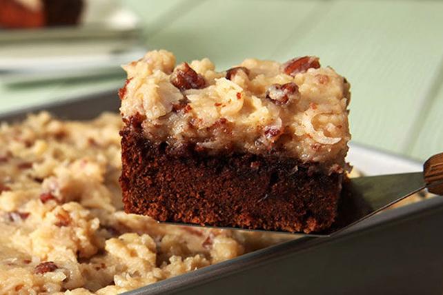 Easy Baker S Sweet Chocolate Cake Recipe Kraft Canada