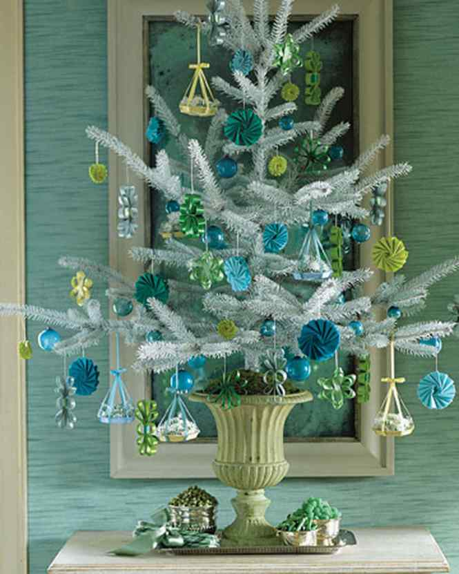 Wall Christmas Tree Decorating Ideas Martha Stewart