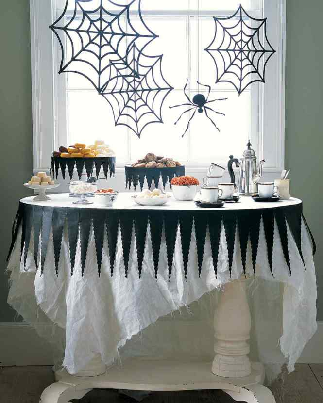 Aytai 1pc Decoration 74x22 Inch Black Lace Spiderweb Tablecloth Leaf Table Runners Web Fireplace Mantle