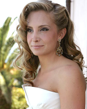 Wedding Hairstyles And Care Tips Martha Stewart Weddings
