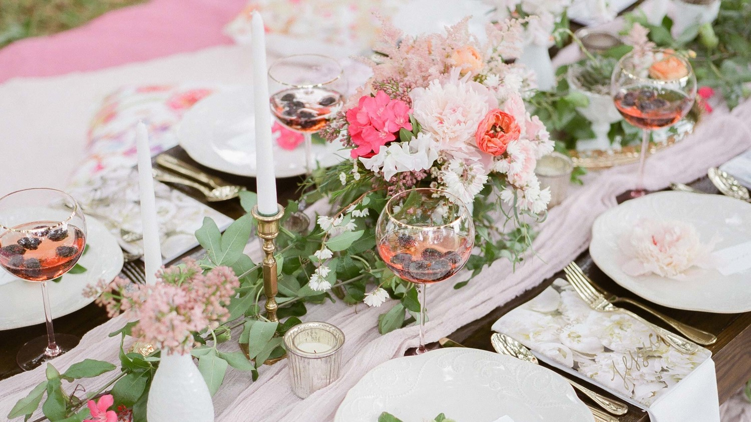 24 Unexpected Bridal Shower Ideas To Bookmark