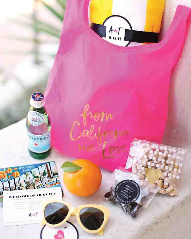 Diy Beach Wedding Welcome Basket Ideas With Personalzed Packaging