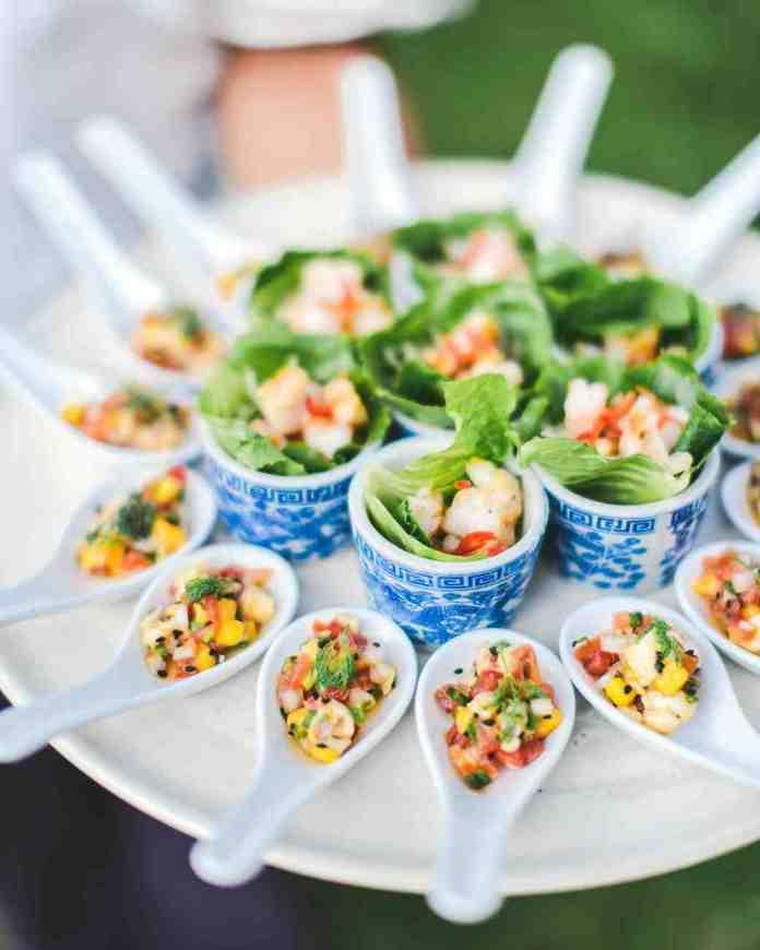 Ideas For Wedding Reception Finger Foods: 25 ไอเดียอาหารจัดเลี้ยงงานแต่งที่รับรองว่าแขกจะต้องปลื้ม