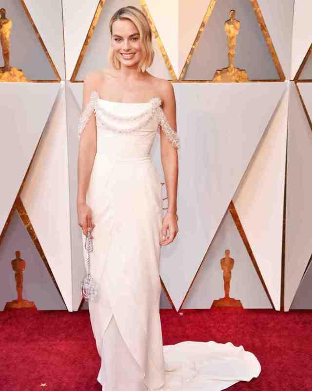 Margot Robbie 2018 Oscars Red Carpet