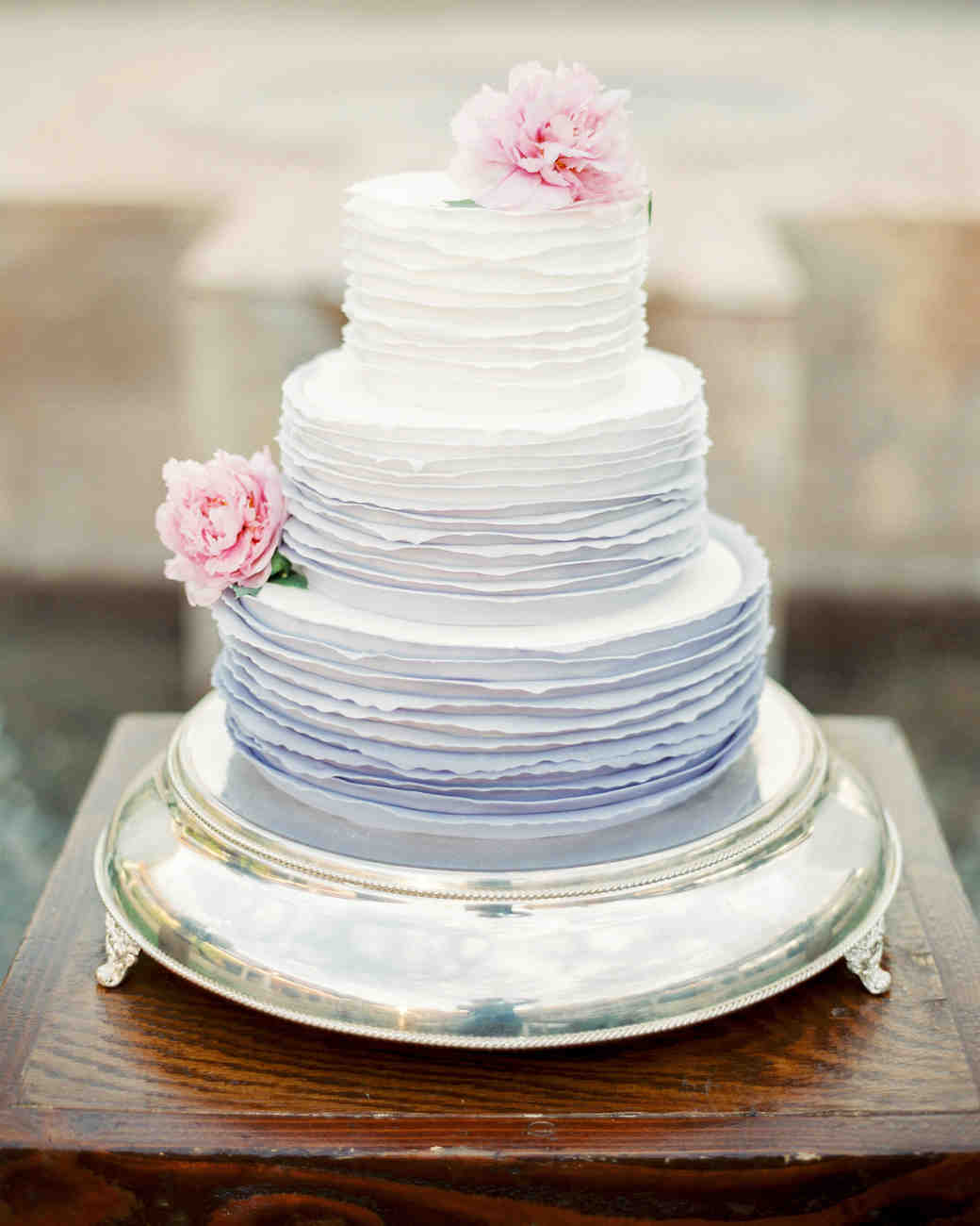 The Prettiest Ombr     Wedding Cakes for Couples Who Love Color     ombre cakes rachel solomon