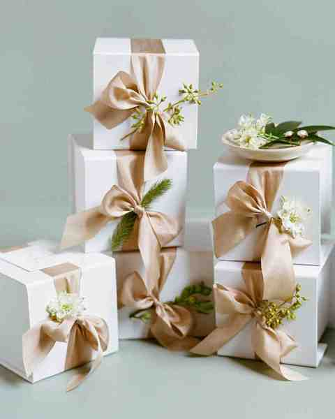 34 Festive Fall Wedding Favor Ideas   Martha Stewart Weddings lindsay evan wedding boxes with ribbon
