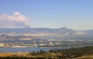 Timelapse of wildfire smoke east of Kelowna, B.C. (00:44)