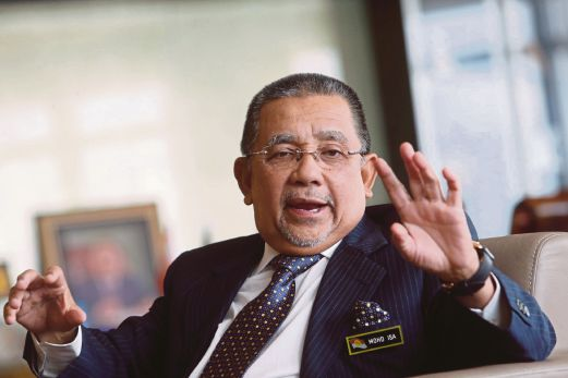 Image result for felda chairman tan sri isa
