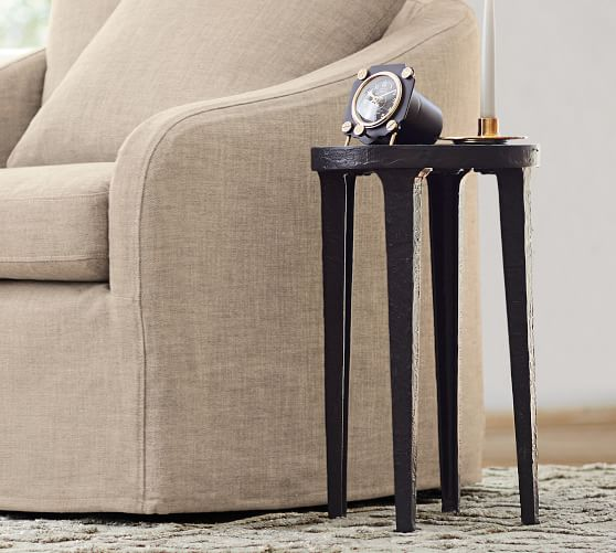 jamie 12 round metal accent table