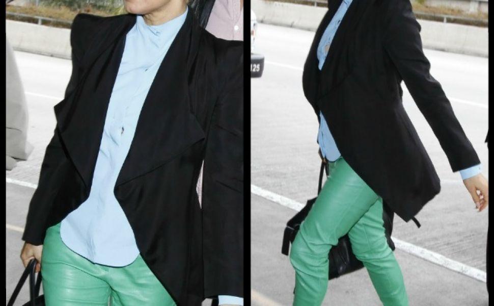 Imagini pentru vestimentatie verde