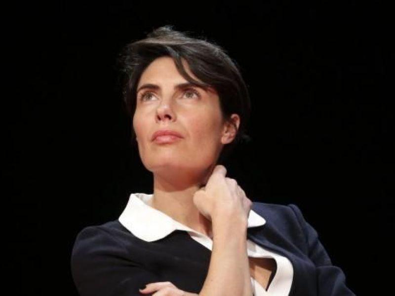 Alessandra Sublet rend hommage a Emmanuel Maubert, un an après sa disparition.
