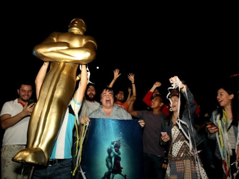Mexique : La ville natale de Del Toro célèbre sa victoire aux Oscars