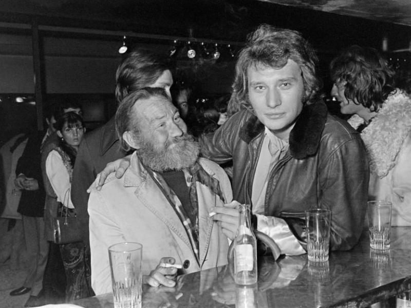 Johnny Hallyday était «souvent alcoolisé du matin au soir»