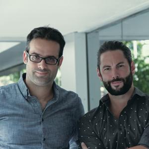 O diretor de arte Silvio Medeiros (esq.) e o redator Marcio Fritzen (dir.)