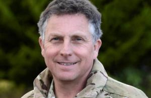 Ο αρχηγός του αμυντικού προσωπικού, στρατηγός Sir Nick Carter παρατάθηκε στη θέση του