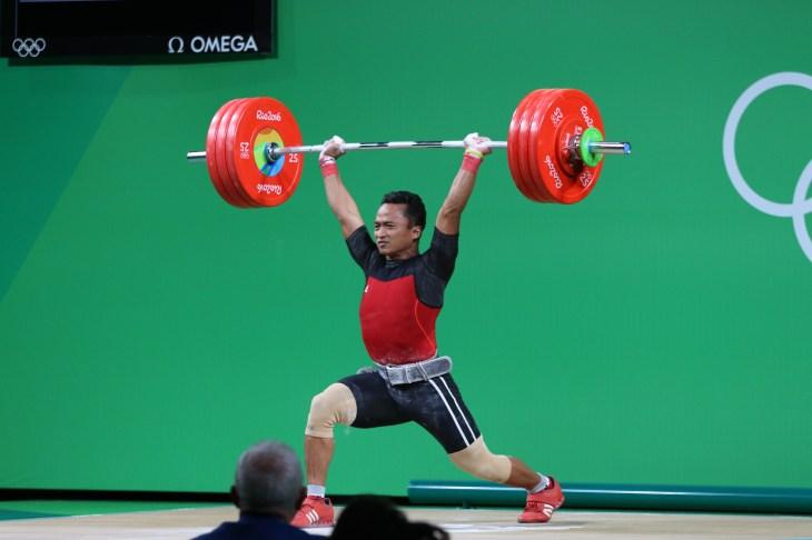 Regenerasi atlet angkat besi Indonesia untuk Olimpiade ...