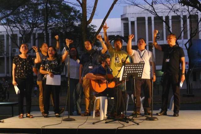 AGAINST REVISIONISM. Ateneo professors release a statement condemning Senator Bongbong Marcos' comment about martial law and reminds voters to stay vigilant. Image courtesy of the Ateneo de Manila University
