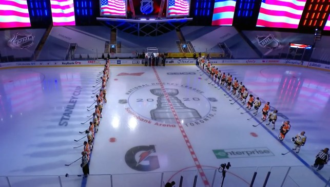 There's no kneeling in the NHL: No less than 6 teams link arms, stand together during national anthem to show unity