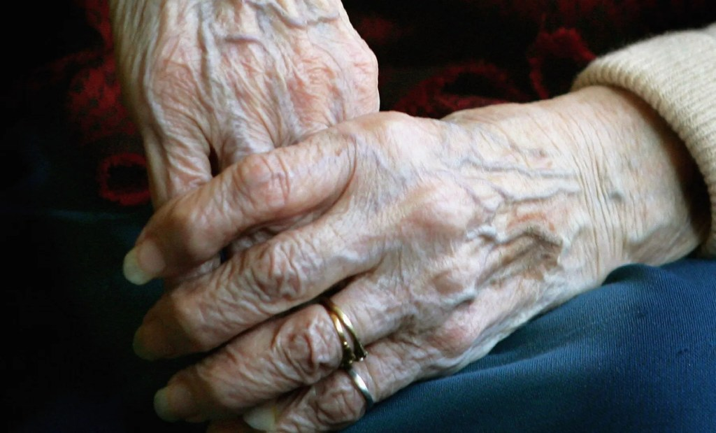 90-year-old woman opts for assisted suicide when faced with the possibility of another COVID-19  lockdown