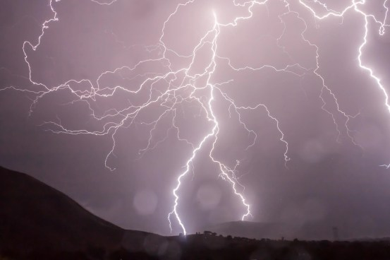 Thunder may have provided a key mineral for early life on Earth