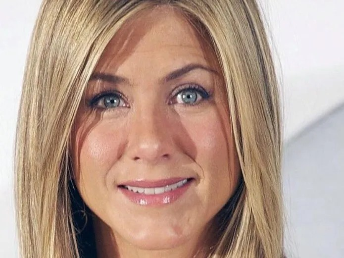 Jennifer Aniston still carries the ring of her engagement with Brad Pitt(Instagram)