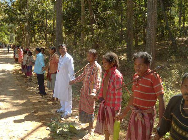 En janvier dernier, les manifestants avaient formé une chaîne humaine pour protéger leur montagne sacrée