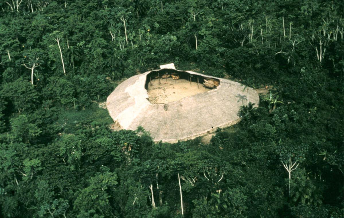 Una maloca yanomami, Brasil.