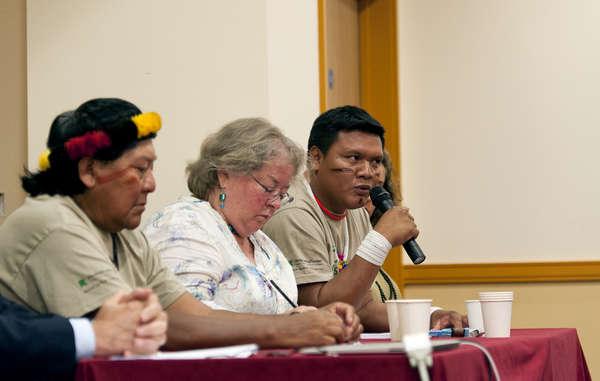 Davi Yanomami et Mauricio Yekuana seront présents à Paris lors de la COP21.
