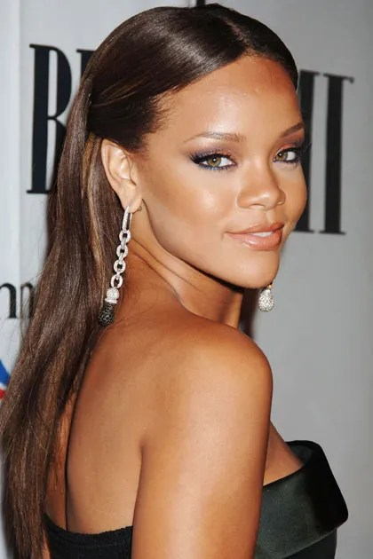 Rihannas Best Beauty Looks Teen Vogue