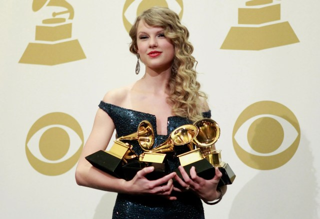 Taylor Swift's 8 Most Iconic Grammy Moments | Teen Vogue