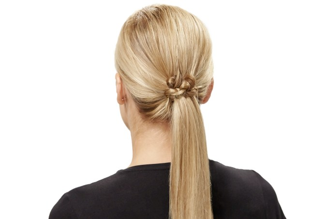 7 easy hairstyles you can create using invisibobble   teen vogue