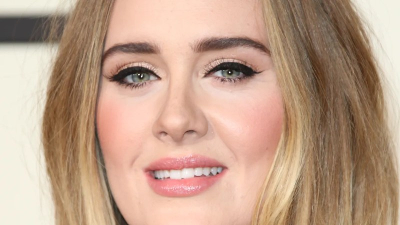 Adele S Makeup Artist Reveals Exactly How You Can Recreate Her