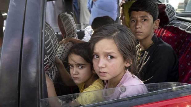 হাজার পাঁচেক আফগান শরণার্থী পরিবার রয়েছে এ দেশে। কেউ থাকেন পুণেতে, কেউ হায়দরাবাদে।