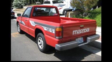 1986 Mazda B2000 Se5 Rear