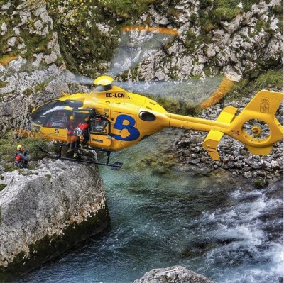 Thanks to Instagram user @mikeinthesky_ for tagging this shot of a Bomberos de Asturias EC135 with #verticalmag.