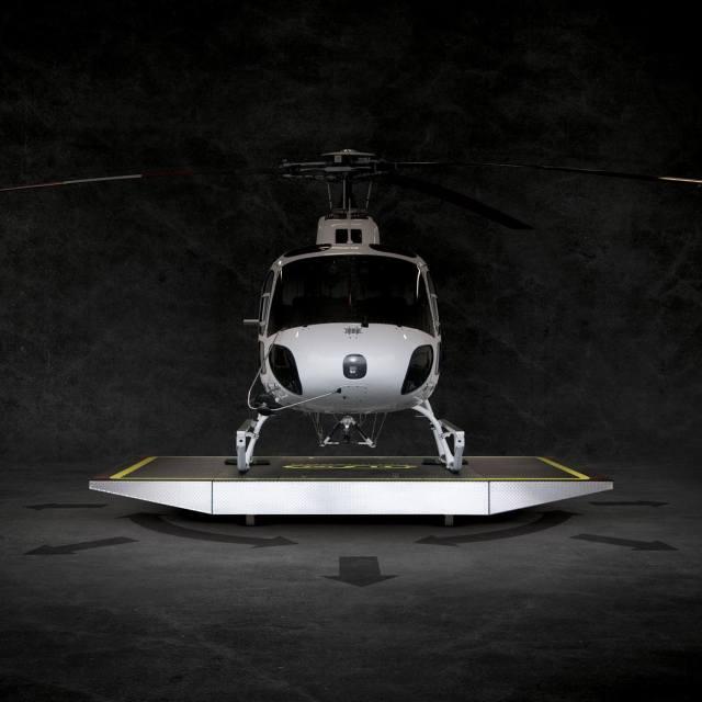 Helicopter sitting on Heliwagon