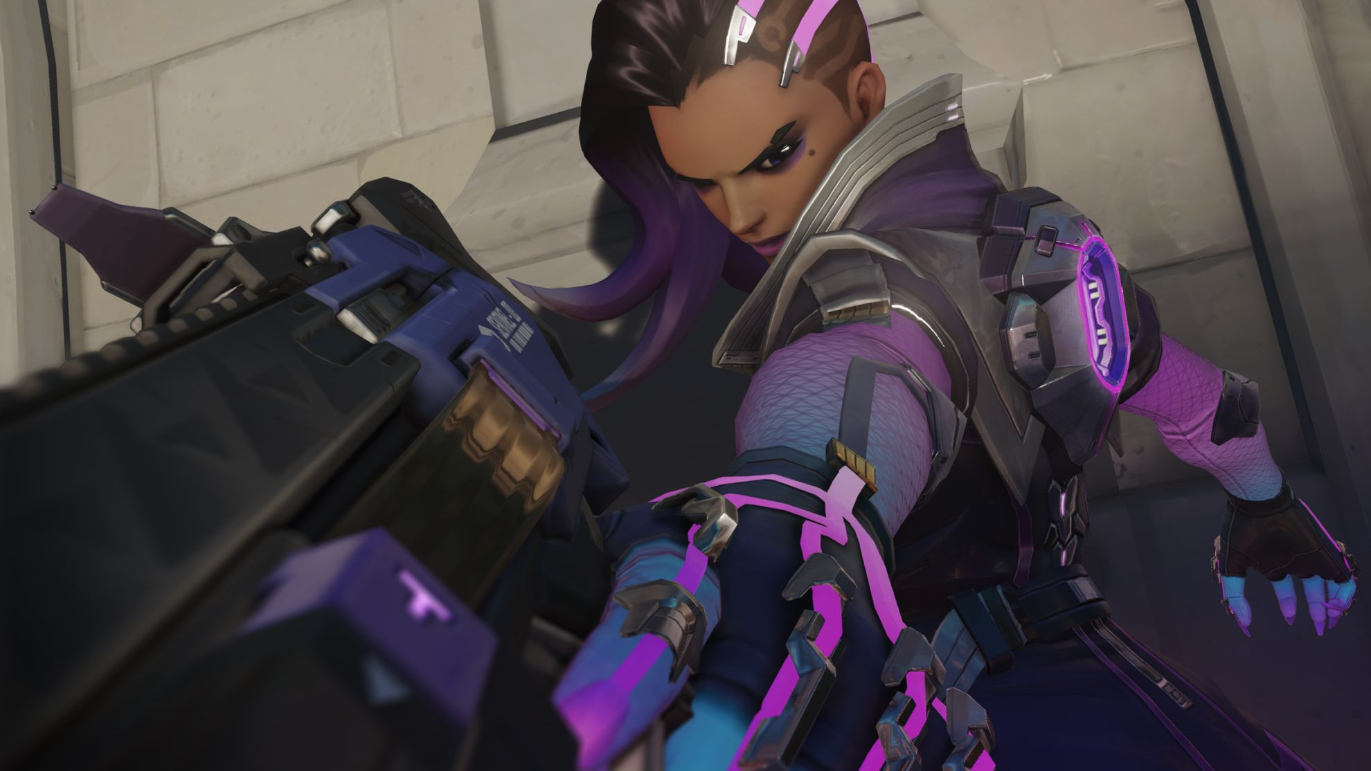 Overwatchs Sombra Is So Cool She Can Hack The End Of Round Play Of The Game VG247