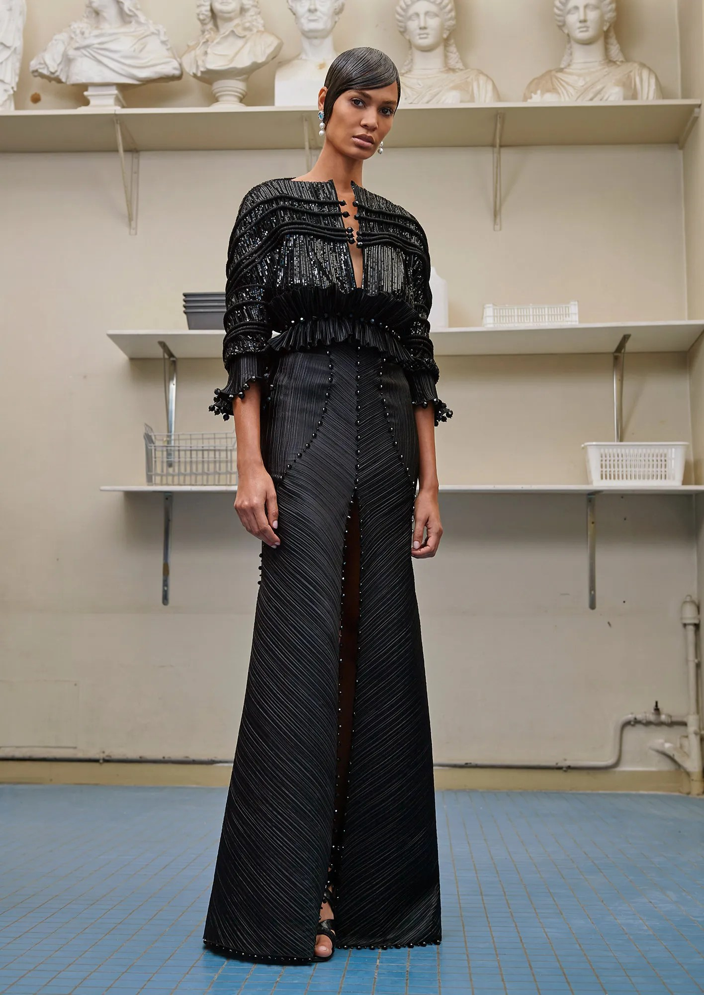 Givenchy Couture FW16 Fall/Winter 2016 womenswear